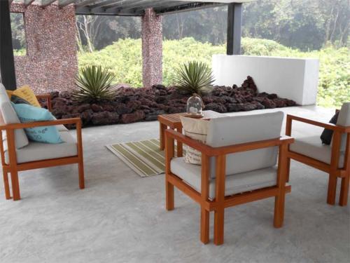 outdoor-social-area